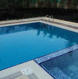 İstanbul Villa Projesi – Yüzme Havuzu